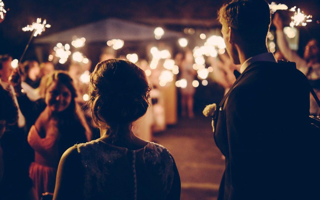 Como Organizar Uma Festa de Casamento Para Poucas Pessoas?